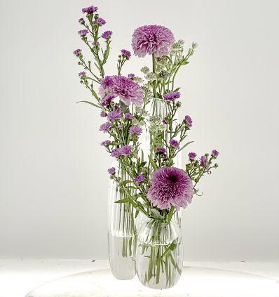 Violetero triple con flores