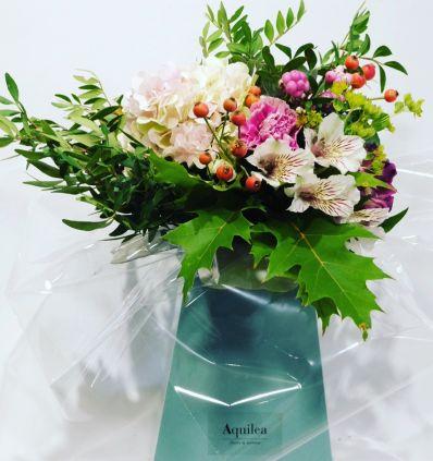 Ramo flores en caja
